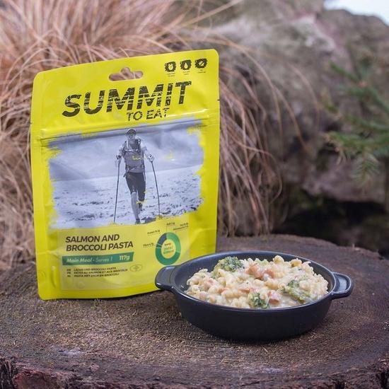 Summit To Eat losos s těstovinami a brokolicí 806100