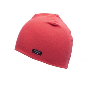 Čepice Devold Hiking Beanie Poppy GO 245 900 A 190A