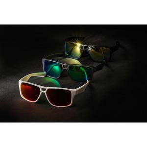 Sportovní sluneční brýle R2 MASTER černé AT086D, R2